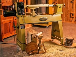 Wooden lathe machines